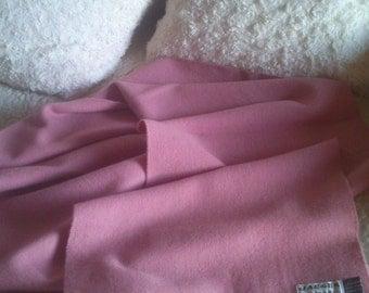 Vintage Jaeger wool light dusty pink scarf