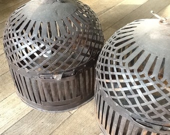 Set of 2 weaved metal cages