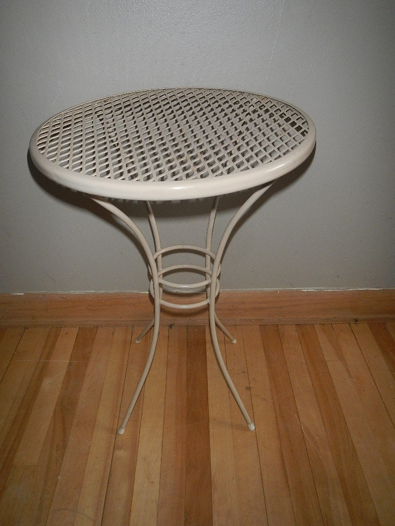 Vintage Small Round Metal Patio Table Side End by ...