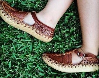 Tan ivy children's shoes