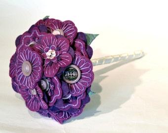 Purple Bridal bouquet / embroidered felt button bouquet / Everlasting bouquet / wedding flowers / alternative bridal flowers / handmade