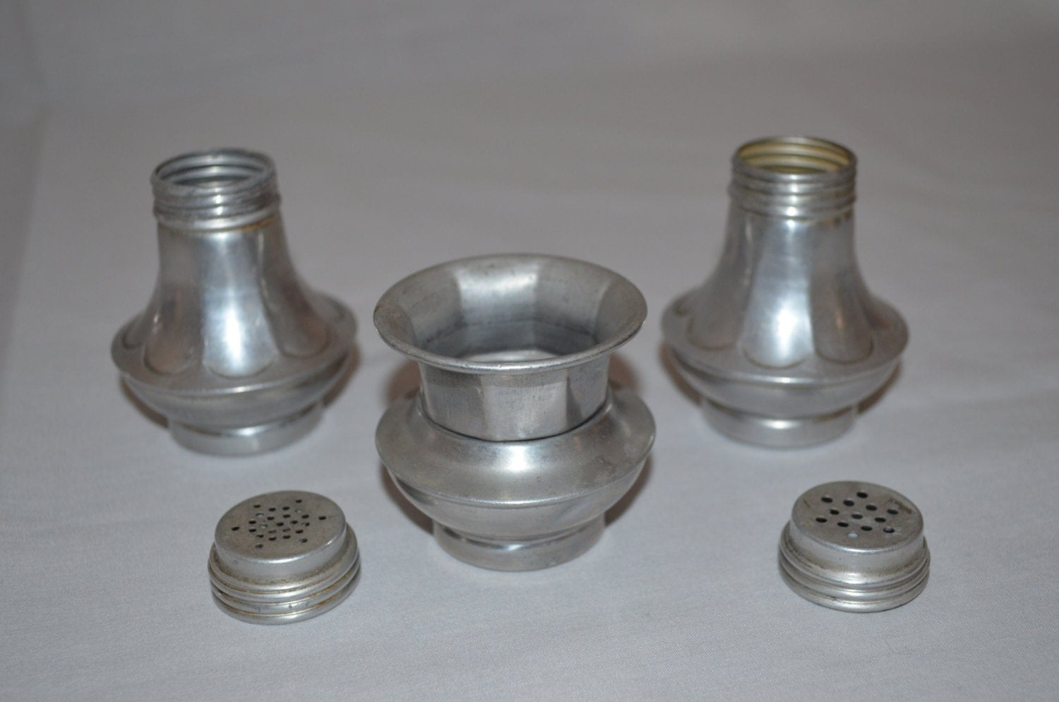 Scalloped Aluminum Salt And Pepper Shaker With Toothpick