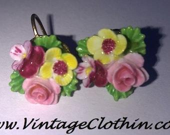 c1950s Vintage Denton England Porcelain Flower Screw Back Earrings,  Denton England, Screw Back Earrings, 1950s Earrings, Vintage Earrings