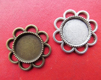 Sunflower Pendant Tray, Bezel Setting, 8mm  Round Cabochon Tray - Antique Silver tone/Antique Bronze