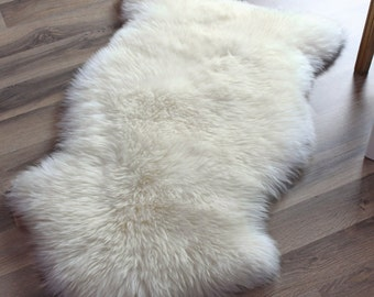 Genuine Sheepskin Rug Single Pelt Ivory White Fur, Approx. 2ft x 3ft
