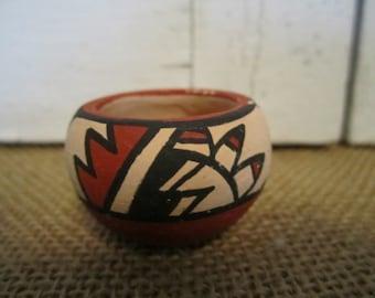 Native American Jemez miniature pot Signed Yepa