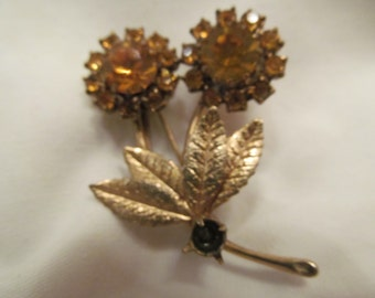 Vintage Gold Tone Flower Brooch - Yellow Stones