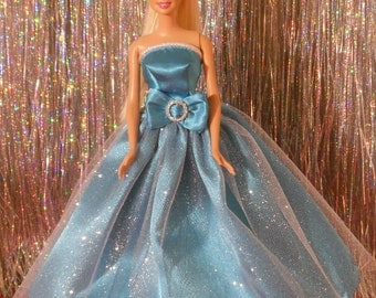Evening gown with gathered full length skirt with shoes