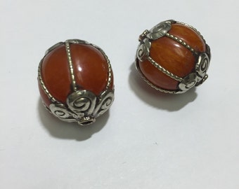 B28 Amber Beads (2pc)