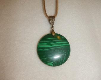 CLEARANCE - Round Green Malachite pendant necklace (JO255)