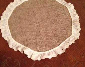 Natural burlap round placemat with eyelet trim set of 4