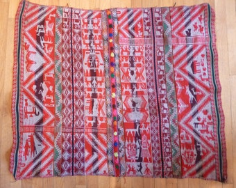 "Vintage Peruvian Wool Textile, Hand Woven ""Manta"" or shawl, double sided, Wall hanging, Table Cloth, Inca Designs,"