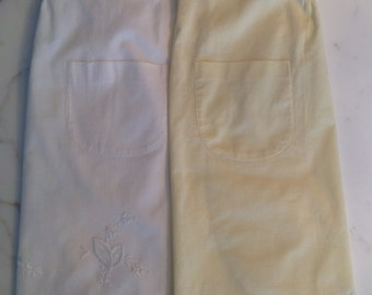 Set of 2 Vintage Aprons