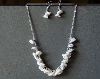 White Seashell Beaded Chunky Necklace with Matching Earrings