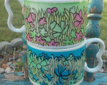 Made in japan stackable mugs,Retro Mid Century Flower Stacking Mug with Contoured Handle - Japan,daffodil pattern
