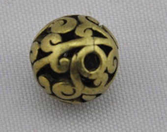11mm--10pcs Ancient bronze Filigree Spacer Beads Charm Pendants Jewelry Findings ---G1505