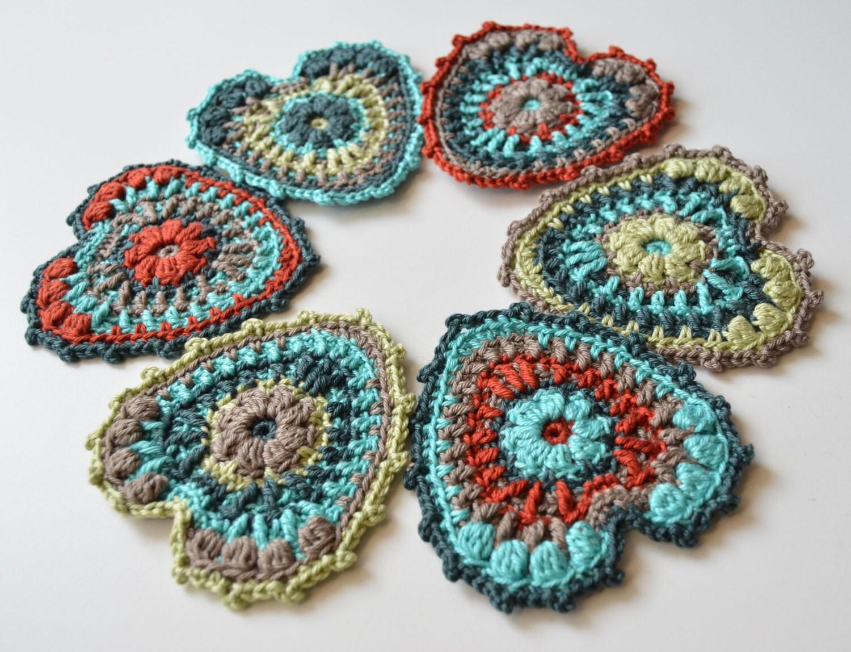 Free Crochet Hanging Heart Pattern : Crocheted Heart Pattern Garland party decoration Hanging