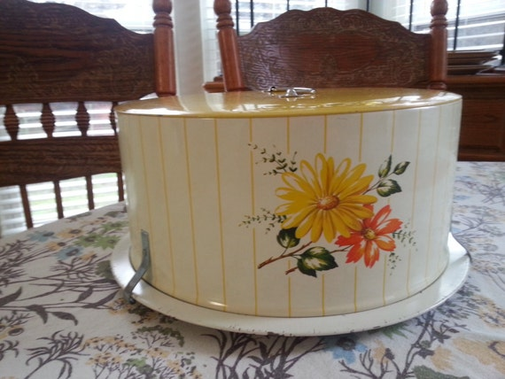Vintage 1950 S Decoware Tin Cake Carrier By