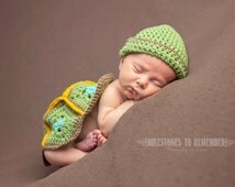 Newborn Turtle Shell and Beanie - Crochet - Made to Order - Photo Prop - Animal Crochet