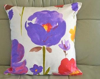 Flower design cushion cover