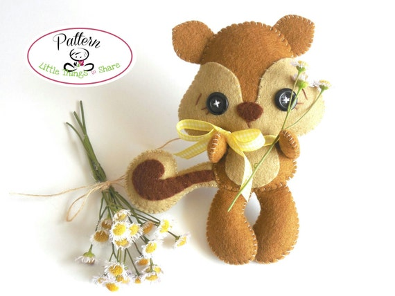 Acorn Squirrel  PDF pattern-Woodland animals toy-DIY-Nursery decor--Baby's mobile toy-Cute Squirrel toy-Kids present-Felt squirrel ornament