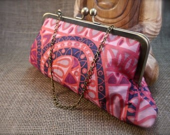Pink Retro Geometric Design Sari Clutch P12