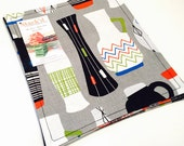 Cloth Dinner Napkins | Eclectic Retro Vases | Set of 4 | Minimal Shipping