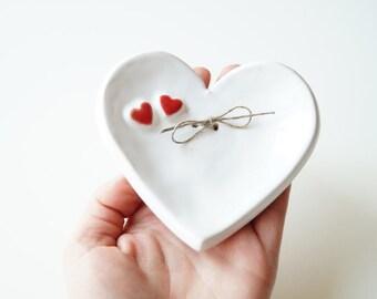 Wedding Ring Holder, Wedding Ring Dish, Ring Pillow, Wedding gift, Jewelry Holder, Heart Plate, Jewelry Organization, Wedding Ring Baerer