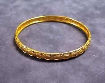 Women's Vintage Estate 21K Yellow Gold Bangle Bracelet, 14.1g E1784