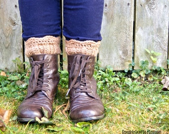 Country Girl Boot Cuffs // Crocheted Boot Toppers // Scalloped Leg Cuffs