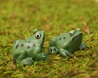 Miniature Frogs Fairy Garden Doll House Crafts. Set of 2 green spotted