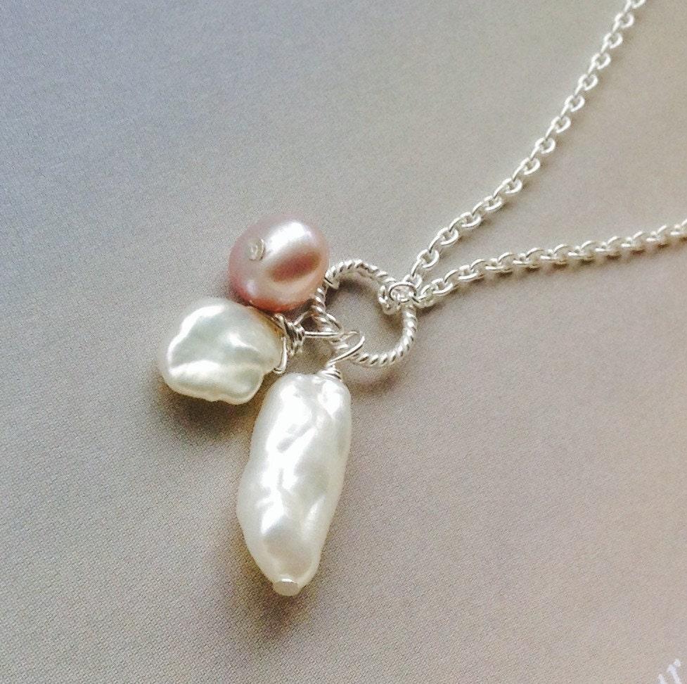 Keshi Pearl Necklace: Trio Keshi Pearl Pendant Pearl Necklace Baroque Pearl June