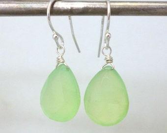 Green Calcedony Earrings .. Sterling Silver .. Spring Green Calcedony .. Handmade Earrings .. Gemstone Earrings
