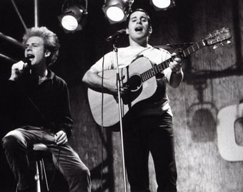 Paul Simon and Art Garfunkel, Simon and Garfunkel, Playing Guitar & Singing, Live Performance, Musicians