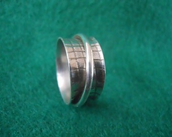 Sterling Silver Spinner Ring,  Sz 10