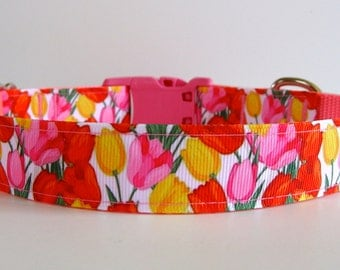 Pretty Tulip Dog Collar