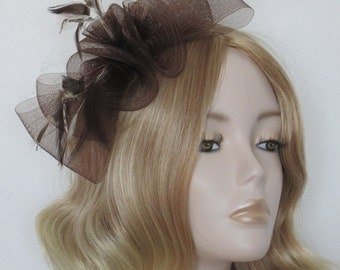 CHOCOLATE BROWN FASCINATOR, Made of Crin loops,  hackle feathers, on 9cm clip