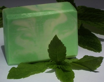 Natural Peppermint and Aloe Vera Shaving Soap