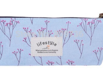 Pencil case blue with flowers