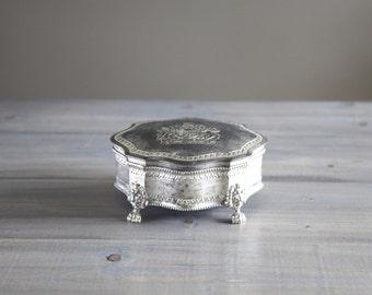 FREE SHIPPING Vintage Distressed United Kingdom Lion & Unicorn Crest Trinket Box / Silver Worn Antique / Souvenir Décor Jewelry England