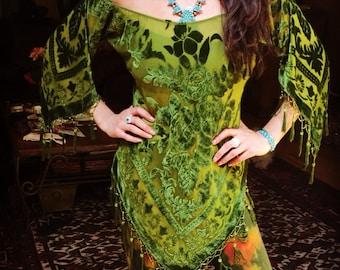 Floral Green Velvet Sheer Pullover Kimono