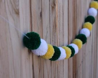St. Patricks Yarn Pom Pom Garland