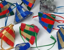 Triangle Ornaments Pattern