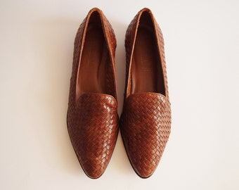 Vintage Brown Woven Leather Shoes