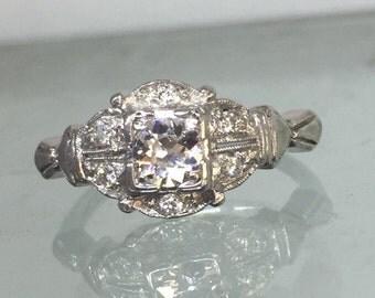 Beautiful Vintage estate diamond ring