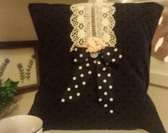 Polka Dot Bow Pillow Cover