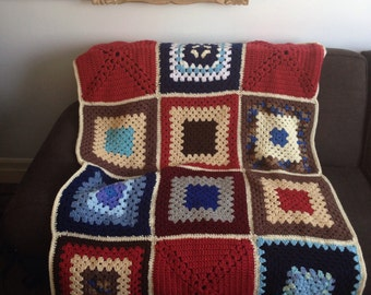 Vintage Knit Afghan Throw - lap size blanket granny square
