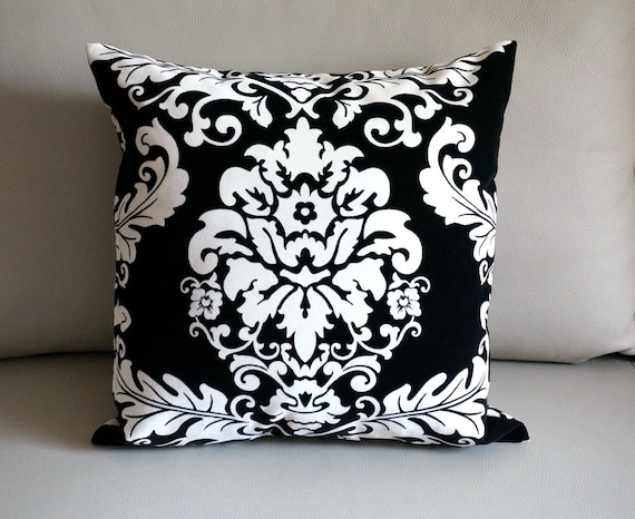 Black Throw Pillows For Bed : Items similar to SALE Velvet damask pillow cover damask velvet throw pillows black damask ...
