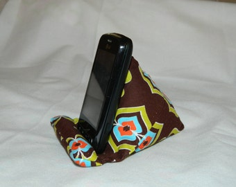 Make Your Own iPhone Wedge - PDF Pattern Instant Download- DIY