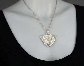 Handmade - Angels Embrace Africa Pendant .999 Silver
